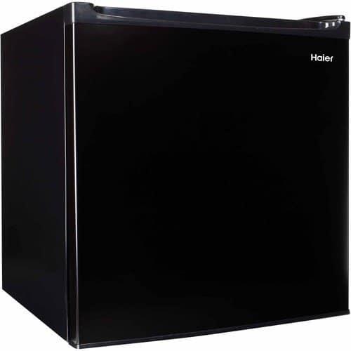 This Haier mini fridge has a compact exterior but spacious interior.Mini Fridge Malaysia - Shop Journey