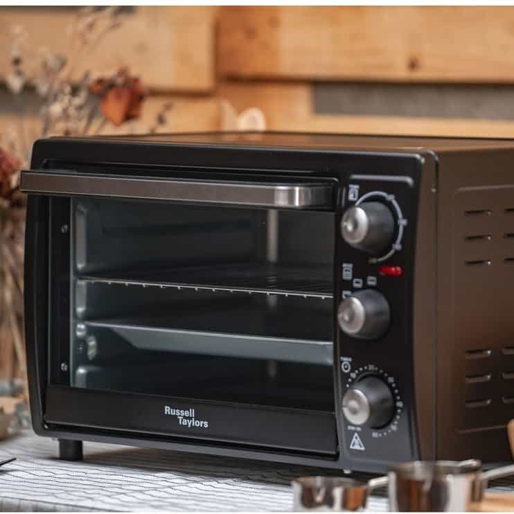 Russell Taylors oven toaster to prepare kids meals fast. Best Oven Malaysia - Shop Journey